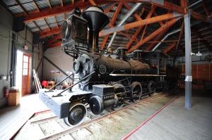 Wood-burning locomotive