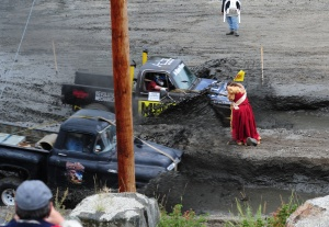Klondyke Valley Mud Bog race started by Rendezvous Queen